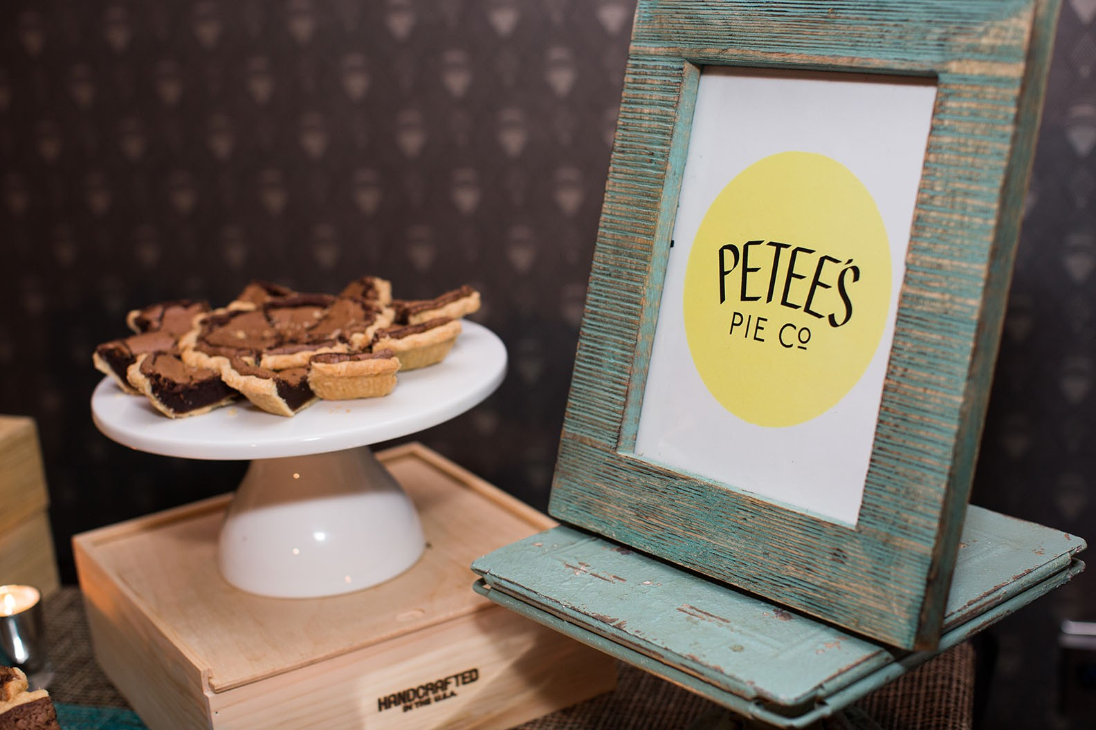 Pete's Pie table display