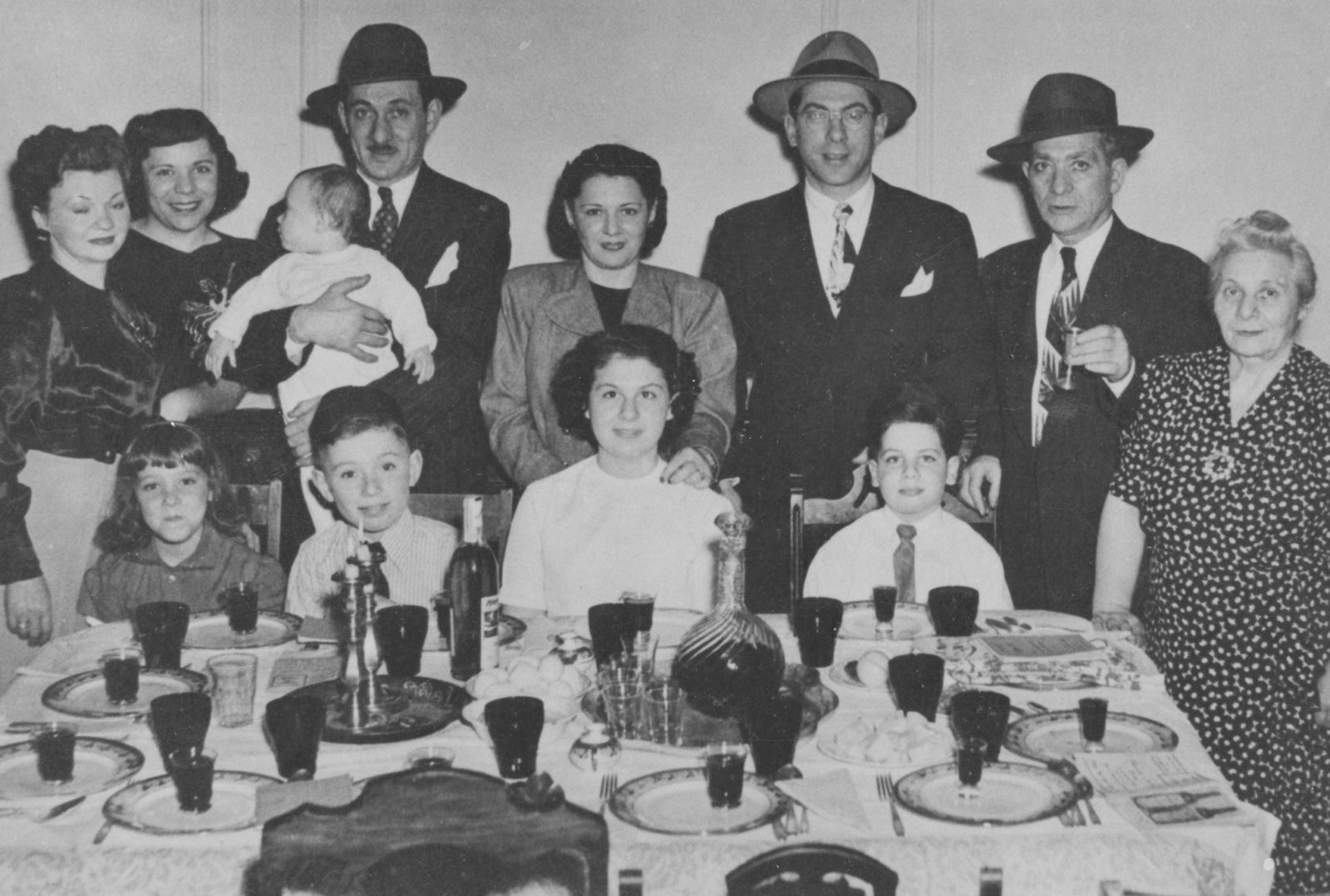 The Epstein family seder in the 1950s.