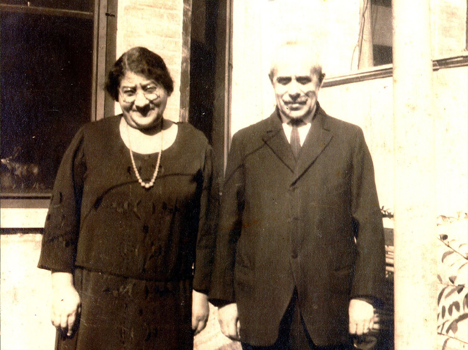 Photo portrait of Harrs and Jennie Levine circa 1930s